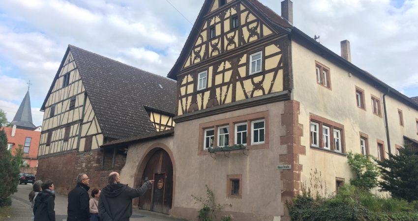Schöne alte hergerichtete Fachwerk-Häuser